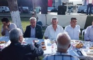 Mustafa Serat Kömürköy'de iftar yemeğine katıldı