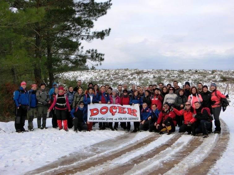 DOÇEK Mevsimin İlk Kar Yürüyüşünü Gerçekleştirdi