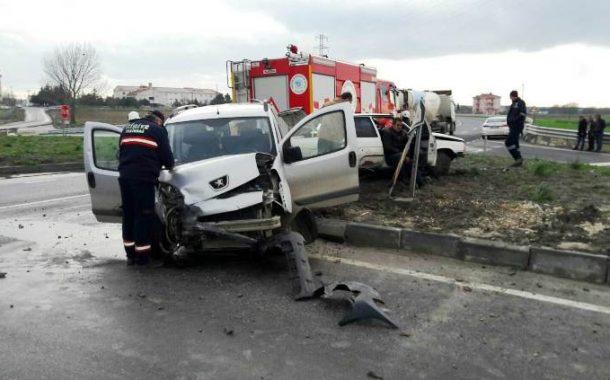 Yine Kavşak Yine Kaza: 1 Yaralı